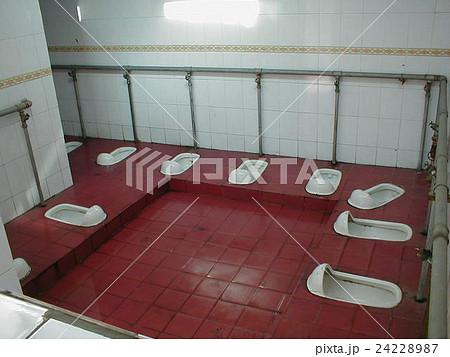 中国 トイレ 24228987