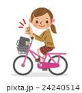 自転車を運転しグッドサインをする女子生徒 24240514