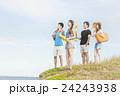 夏を楽しむ男女 24243938