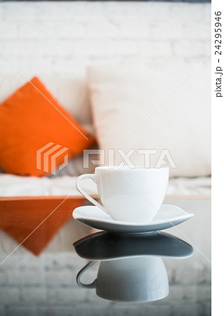 White coffee cupの写真素材 [24295946] - PIXTA