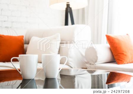 White coffee cupの写真素材 [24297208] - PIXTA