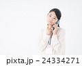 ビジネスウーマン(スマートフォン) 24334271