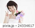 ウエディング 結婚 ブライダル 花嫁 新婦 女性 ウェディング 人物 笑顔 カジュアルウエディング 24334617