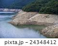 ダム湖の貯水率低下中 24348412