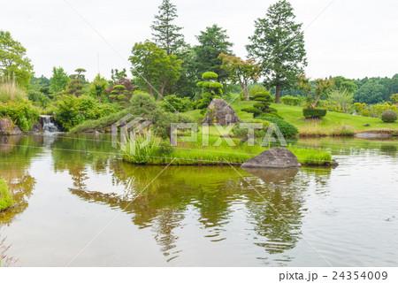 牛久大仏 本願寺 日本庭園 24354009