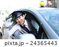 男性 タクシー ドライバーの写真 24365443