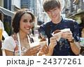 谷根千を観光する外国人旅行客 24377261