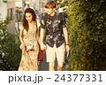 外国人 カップル 旅行の写真 24377331