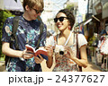 外国人 カップル 観光客の写真 24377627
