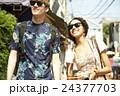 ポートレート 外国人 カップルの写真 24377703