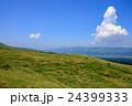阿蘇 草原 風景の写真 24399333
