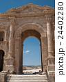 ジェラシュ遺跡 凱旋門 バトリアヌス皇帝 24402280