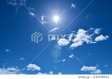 注意)彩度を高めにレタッチしています。印刷で使う場合は、購入前に必ずCMY青空、晴天、快晴イメージ。 24408691