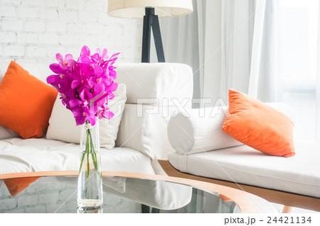 Vase flowerの写真素材 [24421134] - PIXTA