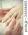 指輪の交換 24438405