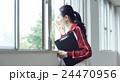 女性 先生 ポートレート 24470956