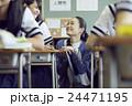 人物 教師 女性の写真 24471195