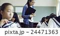 教師 先生 女性の写真 24471363