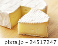 カマンベールチーズ 24517247