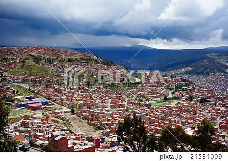 ラパスの街並み ボリビア 24534009
