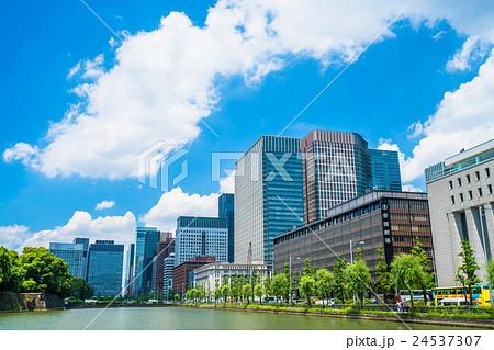 東京・丸の内オフィス街 24537307