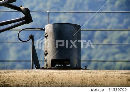 電車の屋根上機器 24539709