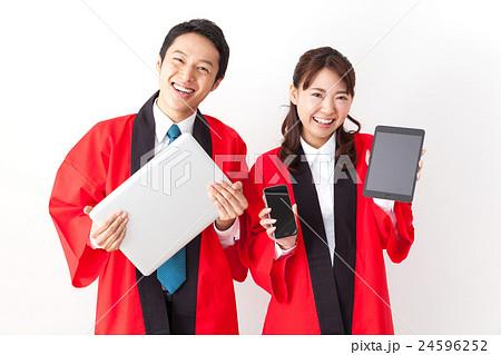 家電量販店の販売員 24596252