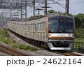 副都心線直通の地下鉄10000系(Fライナー) 24622164