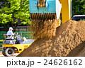 重機 パワーショベル 土砂の写真 24626162