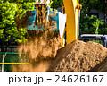 重機 パワーショベル 土砂の写真 24626167