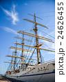 神戸港に停泊中の帆船日本丸 24626455