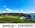 ブルターニュの観光地プリメル・トレガステルより港町を望む 24626683