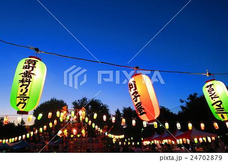 埼玉県川口市の前田東公園の盆踊りの風景 24702879