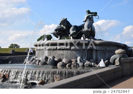 ゲフィオンの泉 24702947