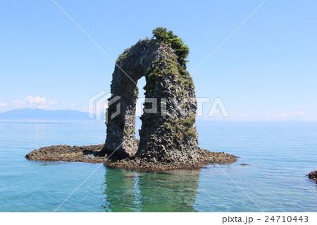 神秘の浮島 奥尻島 鍋釣岩 北海道 24710443