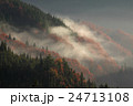 霧 紅葉 谷間の写真 24713108