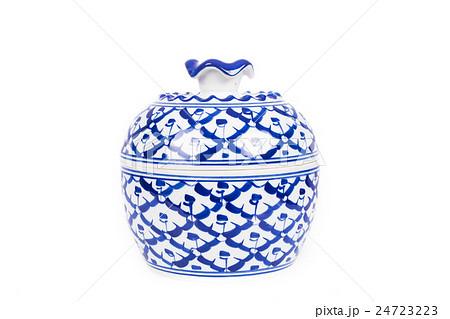 benjarong cup on white backgroundの写真素材 [24723223] - PIXTA