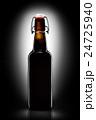 ビール 白背景 切り抜きの写真 24725940