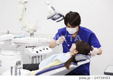 歯医者 歯科 デンタル 歯科医 医療 治療 虫歯 歯科検診 患者 歯科医師 デンタルクリニック 24739563