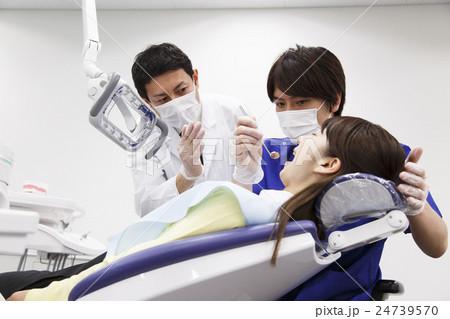 歯医者 歯科 デンタル 歯科医 医療 治療 虫歯 歯科検診 患者 歯科医師 デンタルクリニック 24739570