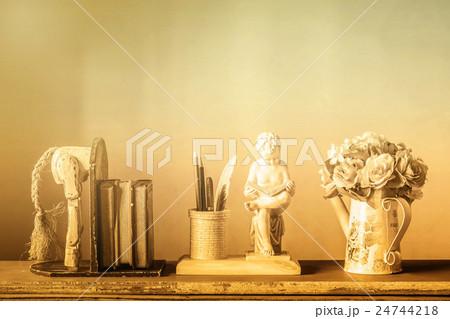 Decorative at home  on wood.の写真素材 [24744218] - PIXTA