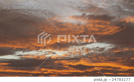 Red sky at sunset 24783277