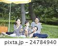 人物 ポートレート 家族の写真 24784940