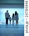 家族 親子 子連れの写真 24784946