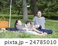 人物 ポートレート 家族の写真 24785010
