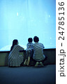 家族 親子 子連れの写真 24785136
