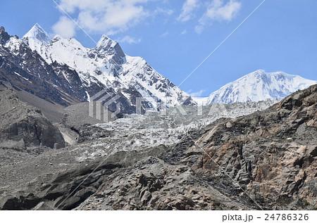 パキスタン パスー氷河とパスーピークとシスパーレ 24786326
