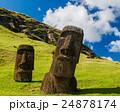 イースター島のモアイ像 24878174