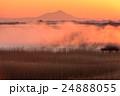 朝靄 朝焼け 筑波山の写真 24888055