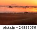 朝靄 朝焼け 筑波山の写真 24888056